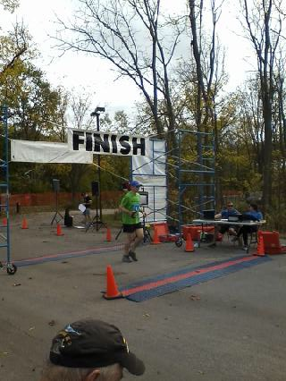 20171008-towpathmarathon-finish